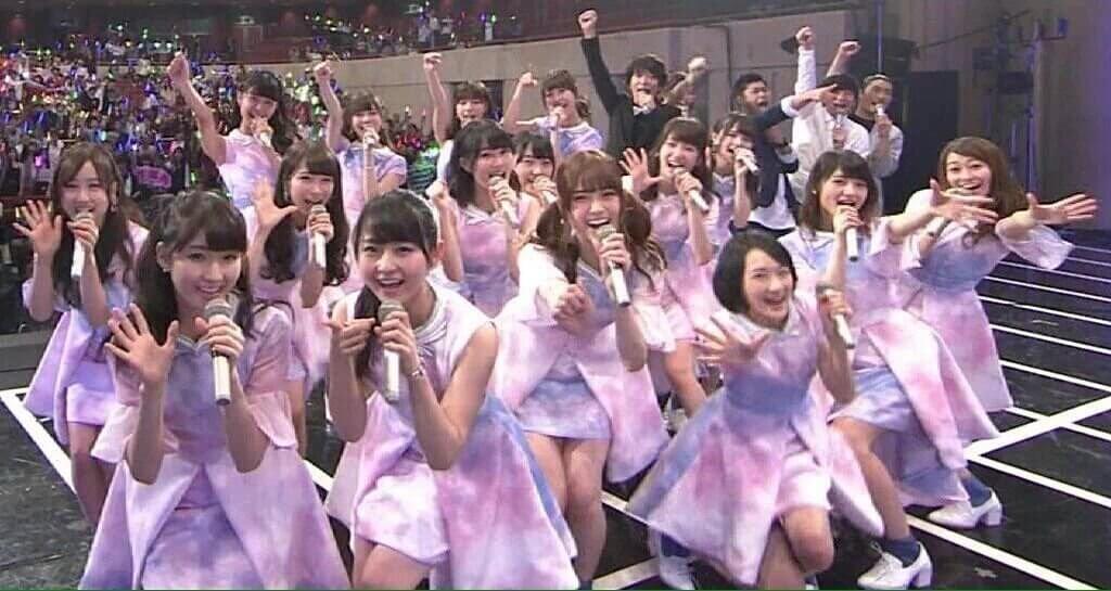 乃木坂46 紅白歌合戦 2015年(初出場)の衣装